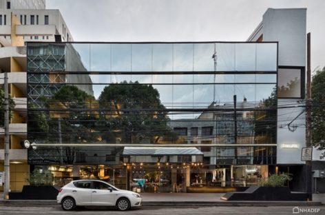 Điểm nhấn ấn tượng trong thiết kế của khách sạn Carlota, Mexico