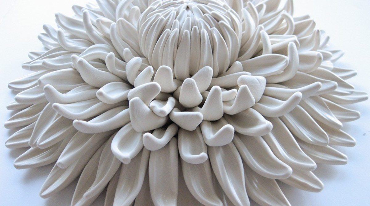 Làm mới góc nhà bằng những vật trang trí bằng đất sét polymer của Angela Schwer