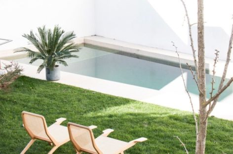 Ghế Barca – Sự kết hợp giữa chế tác gỗ và kỹ thuật đan