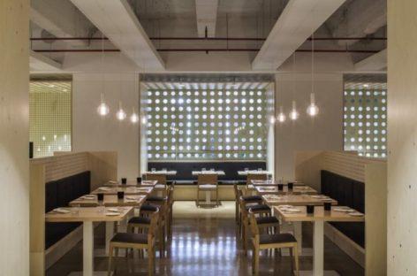 Không gian hiện đại của nhà hàng Habitual ở Tây Ban Nha