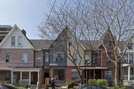 Vẻ đẹp hiện đại pha lẫn cổ điển của ngôi nhà ở Toronto, Canada