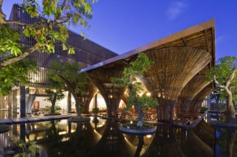 Indochine Komtum Café / Vo Trong Nghia Architects