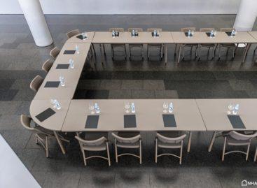 Bàn ghế xếp Zown – Đem đến sự chuyên nghiệp và linh hoạt cho các buổi họp/hội nghị của công ty (Phần 1)