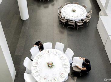 Bàn ghế xếp Zown – Tạo dấu ấn riêng cho tiệc cưới với các kiểu bố trí bàn tiệc đa dạng (Phần 1)