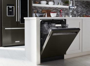 Có cần mua máy rửa bát cho gia đình?