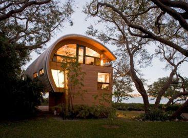 Nhà nghỉ giữa rừng với kiến trúc độc đáo