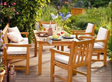 Sân vườn đẹp hơn với đồ ngoại thất phù hợp