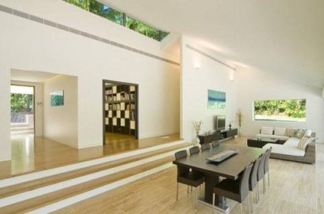 Chiêm ngưỡng ngôi nhà với bể bơi và cảnh quan tuyệt đẹp