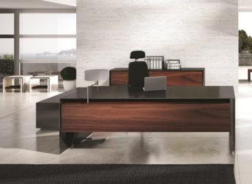 Ấn tượng với chiếc bàn làm việc sang trọng Massive Desk