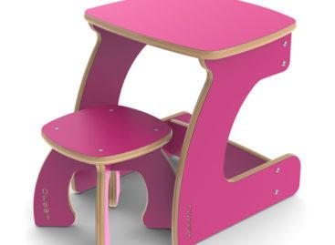 Vẻ đẹp đáng yêu của bộ bàn ghế mini dành cho trẻ