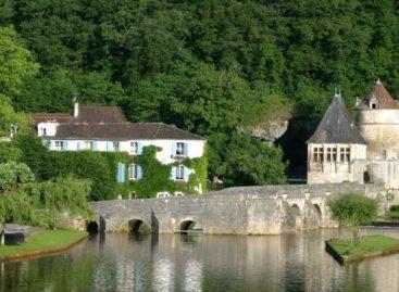 Chiêm ngưỡng vẻ đẹp quyến rũ của khách sạn đồng quê ở Pháp