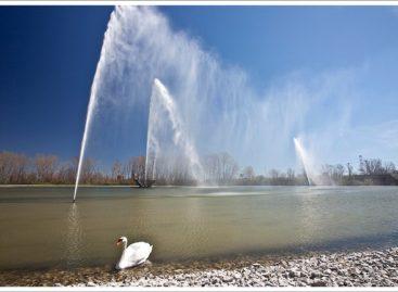 Đài phun nước Gateway Geyser phía Tây Nam bang Illinois