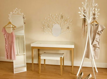 """""""Làm điệu"""" căn phòng với bàn trang điểm Eden nữ tính và ngọt ngào"""