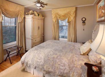 Không gian thoáng đãng với tủ quần áo đa dụng trong phòng ngủ