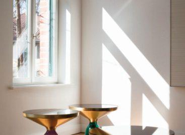 Bàn Bell Table xinh xắn và trang nhã