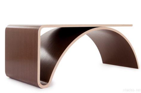 Bàn Kaari – mẫu nội thất tối giản với đường cong tinh tế