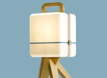 Chiếc đèn bàn Henk Của Jos Blom