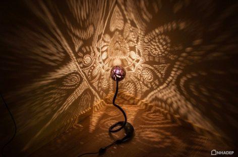 Khám phá không gian nghệ thuật tạo ra từ chiếc đèn Nymphs