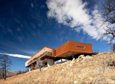 Vẻ đẹp của ngôi nhà bên dốc núi Boulder