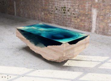 Hình ảnh 3D đại dương sâu thẳm trên chiếc bàn Abyss