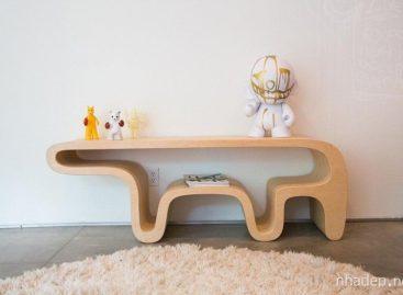 Chiếc bàn hình gấu tiện dụng của Daniel Lewis Garcia