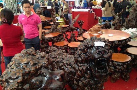 Sản phẩm gỗ: Tìm lối thoát cảnh chợ chiều