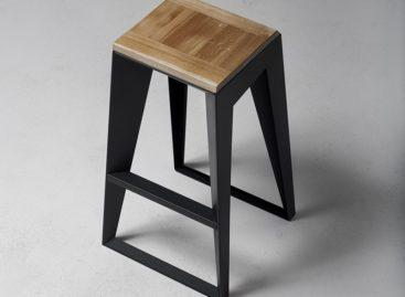 Thiết kế đơn giản của chiếc ghế đẩu quầy bar lấy cảm hứng từ văn hóa Nhật Bản