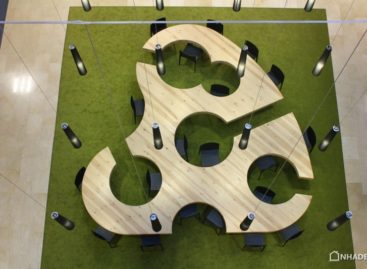 Chiếc bàn học thiết kế độc đáo tại đại học Oviedo