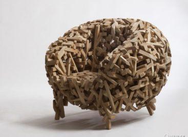 Lạ mắt với chiếc ghế Crossed Stick của nhà thiết kế Samwoong