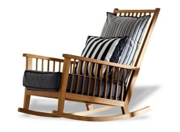 Sự kết hợp mới mẻ cho không gian ngoại thất với chiếc ghế bập bênh Inout 709