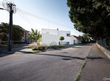 Chiêm ngưỡng ngôi nhà với thiết kế hình khối sang trọng
