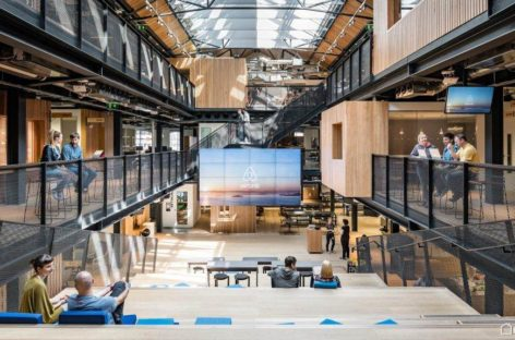 The Warehouse – tòa nhà văn phòng được cải tạo từ một nhà kho cũ ở Ireland