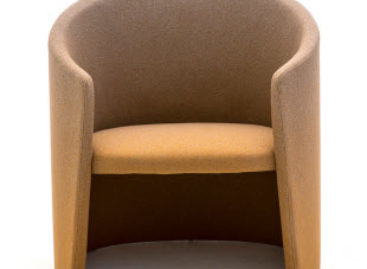 Ghế Hush có hình dáng độc đáo của nhà thiết kế Marc Thorpe