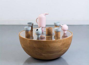 Bộ ấm chén uống trà độc đáo từ thương hiệu Roxanne Flick