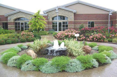 Thiết kế đài phun nước cho khu vườn nhà