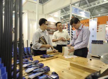 FurniPRO Asia 2012 – Hội chợ quốc tế chuyên ngành Máy móc chế biến & sản xuất đồ gỗ Châu Á