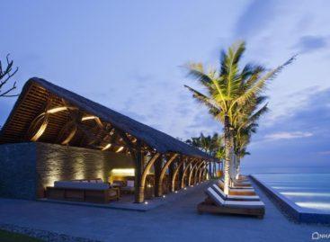 Thiết kế mộc mạc mà sang trọng của quầy bar tại resort Naman Retreat