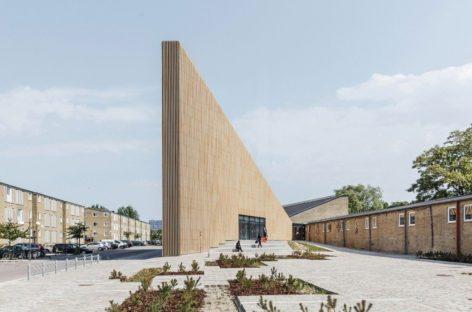 Thiết kế độc đáo của thư viện hiện đại Tingbjert ở Đan Mạch